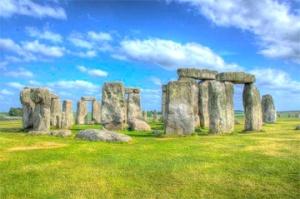 "Stonehenge, ""Photo-Lachlan Fearnley"" (Wikimedia Commons)"